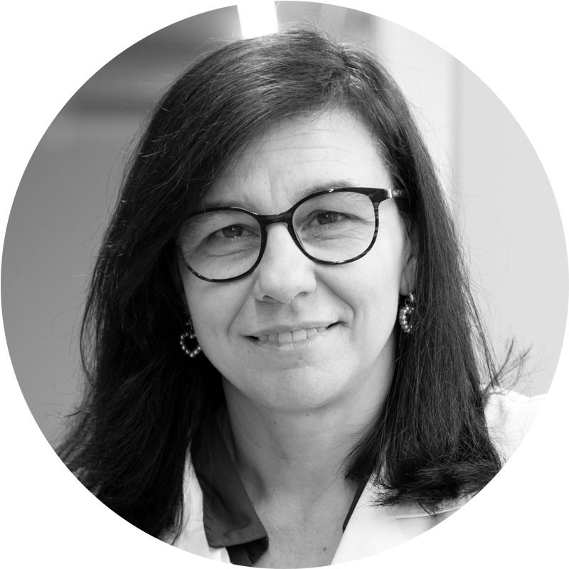 Dra. Regina Cárdenas