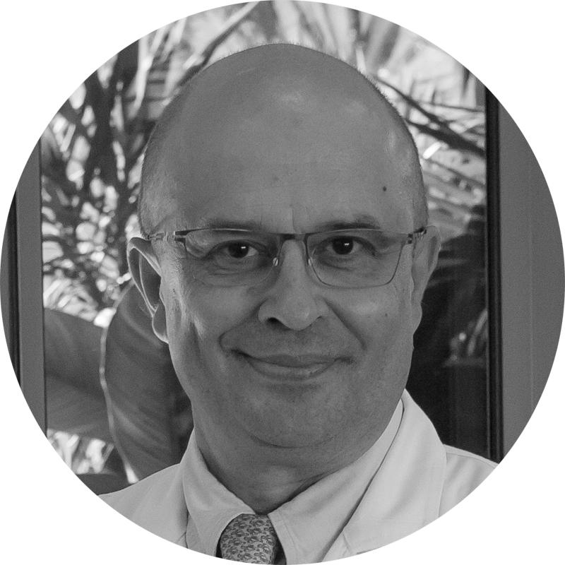 Dr. Luis Chiva
